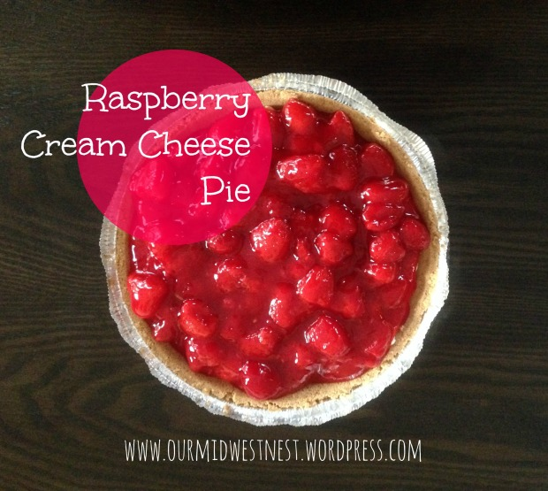 Raspberry Cream Cheese Pie - mwn